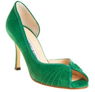 http://manoloblahnikoutlets.com provides kinds of manolo blahnik shoes ,they are in first rate quality and best price , आप will never regert for buying them .
