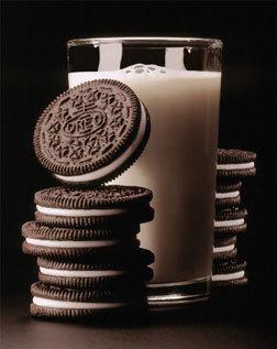 eat oreos. milks favorate cookie.