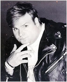 My favorito! genre of movie is comedy, so I of course have to pick Chris Farley. Even if he's now gone (may he rest in peace) he was an amazing actor, and he's the only actor who has made me laugh so hard I peed my pants in [i]every single movie he's starred in.[/i]♥