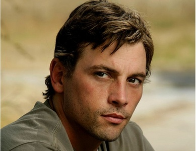 """I have a """" Fake Boyfriend"""" ie..I have a celebrity boyfriend who I call my boyfriend. I do a whole bunch of stuff with him in my mind. BUNCH OF XXX rated stuff. he he he. I have had lots. But my current boyfriend and I just got married-LOL. He is Skeet Ulrich from Scream and Law and Order LA. So I call him Honey."""