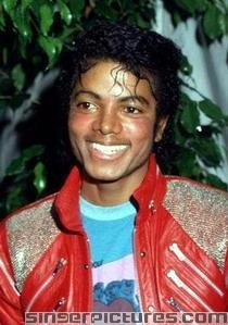 Wow! Now he can be Lil Michael instead Of that Justin boy...Wonder how he did all of that danceing HaHa! Well..U go boy!