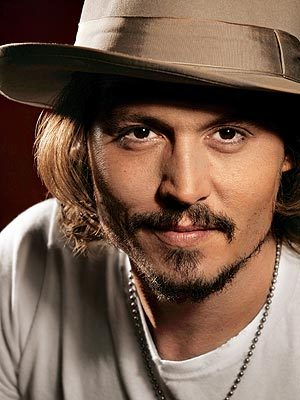 jour of (June 8th)? Kayne West. Who, par the way, I can't stand. jour after (June 9th)? (My favori birthday sharing celebrity) JOHNNY DEPP!!!