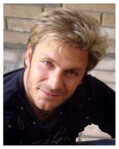 """Dunno if you'd call him a """"celebrity"""", but.. Vic Mignogna <3 He is an amazing voice actor and I wuv him. :3"""