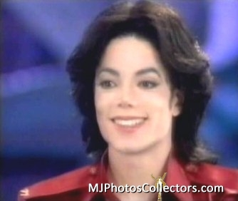So...... does that mean it's still not fully Michael's voice? It says it was a demo supplemented द्वारा the supporting vocals of James Porte, so did James Porte just have some strong background vocals and his voice is on most of the song? या did his vocals replace Michael's.... I'm not sure exactly what this means...