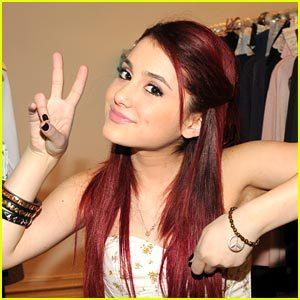 I 사랑 Ariana Grand. :)