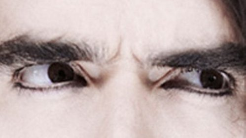 It's my new fav pic of my obsession, Russell Brand... MDR i found it eariler today... ready for it's epicness??? it's his eyes MDR