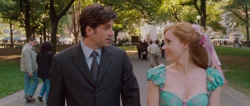 I know this is The Little Mermaid spot but Eric looks a bit like Patrick Dempsey in Enchanted. Dunno why maybe it's the hairstyle or the looks but every time I watch this movie I could see a resemblance. But Eric is hot.