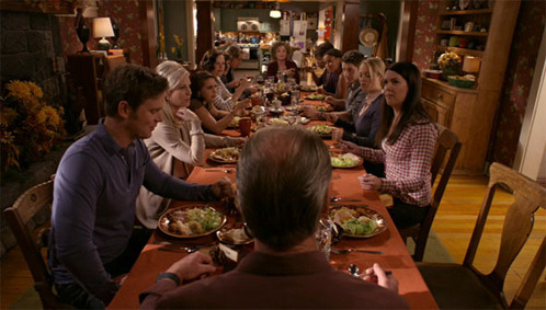 Parenthood :3 (This pic is from their family cena on Thanksgiving)