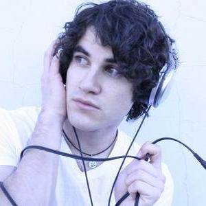 Me: Holy shit, you're Darren Criss!! Darren: Yeah, and you're some person I don't know Me: I'm a huge fan Darren: Oh, cool. I'm a huge fan of me too Me: *blush* I'd freak out if I ever met Darren Criss