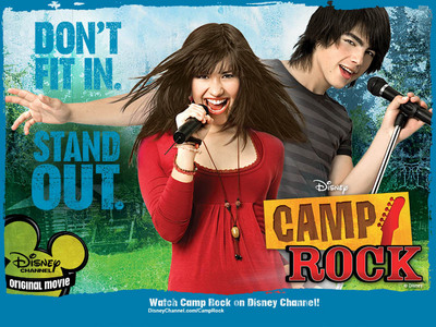 i am very dissapointed to saw that camp stella, star was winner but it was good that più people will unisciti camp rock in the end .