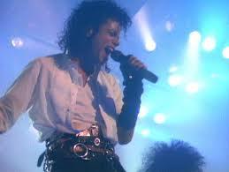 [b]yeah i remrmber it was[/b] [b][url=www.fanpop.com/spots/michael-jackson]Michael Jackson[/url][/b]