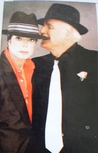 Nope. Celebrity-wise,my life revolves around everything MICHAEL JACKSON & I'm proud to admit that!