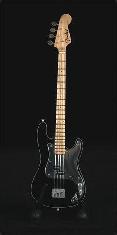 Ebony Fender Percision Base