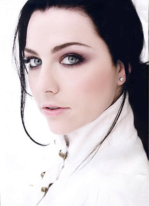 Amy Lee(singer of evanescence)
