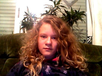 What MJ would think ...hmmmmmm... idk xd!^^ and i can't really see u on this pic !!!!^^ could u post another pic where i can see u better ??? loooooolz Here a picture of me (I know the quality is bad!Its from the online night at tinychat dat was before 1 week lol) XD :