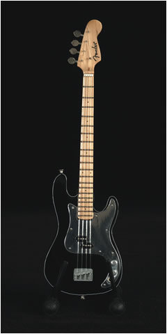 Ebony Fender Percision bajo