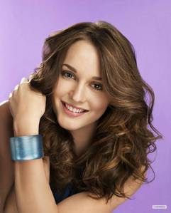 as artis and vocals and actors......as entertaiter i love: 1)leighton meester: she is my idol...she is beautiful,goerges,funny,talented..... 2)michael jackson: i know it should be 1...he is the best duh...no arguee 3) rihann: when she sings...it takes me to another era and emotion...she is so like...she cinta diffrensis and changes 4)robert pattinson: he is my hussy,love, so cute and has no ego...and so dazzling 5)adam lambert:hahahah my other husbent(f.y.i...i have many hussbends) he was this bling...glam ,cham in his voice, looks..even speechs 6)selena gomez: she is such a good girl...wanna take things step oleh step...and i cinta her song choises 7)lady gaga: she is freakish col and she is the simbul of indeppendens and pop 8)jared padalecki: he is cute and he has a great talent...he reminds me of cokelat muffin...yammy...!!!! 9)black eyed peas: their some great musik minds,specially fergie is my fav...she sings stunning!!!! 10(i know u say finally the end..it was the hardest one):leonardo dicaprio: he is such a great acor and talent and i cinta every movie that he is in...he is a great movie chooser and ofc player!!!