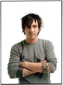 [b]I Will किस Adam Gontier In The Lips[/b] [i]I Will किस Billie Joe Armstrong In The Cheek And Kurt Cobain In The Cheek Too (I Wish But He Died R.I.P Kurt Cobain 1994)[/i] [b]But Yeah I प्यार Those Singer/Celeberties!♥[/b]
