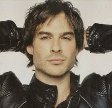 Haha my user icon came up, along with many lebih of them :P God Ian is so sexy ;)