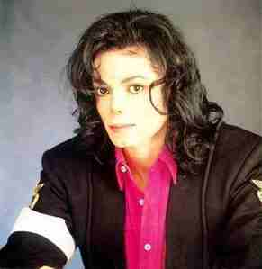 It was really hard to choose one ! because MJ is soo beautiful on every picture ! i didn't know which one i should choose ! but i hope Ты like it :) here is one :