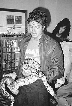 I hate snakes :( But I love Michael :)