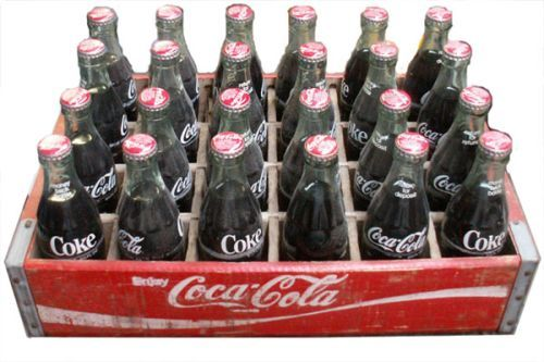 i 사랑 coke! its my favortitest drink in the world! i am really craving it rite now but dont got enuf money to but some and i really need it!!! * twitches * need coke... dying of 콜라 loss.... but i drink about a 24 pack of 콜라 a day....