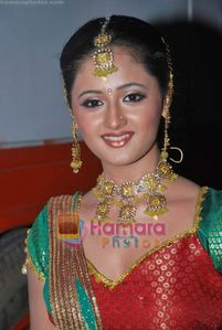 this is rashmi desai(tapasya of uttaran0.plz comment.
