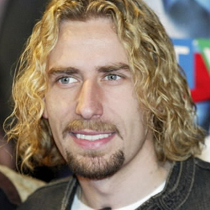 [b]Chad Kroeger[/b], ou [b]James Blunt[/b]. Although I really like Nickelback, going to their live concert wasn't really the best way to spend my time. It's a tad TOO raw if toi ask me.