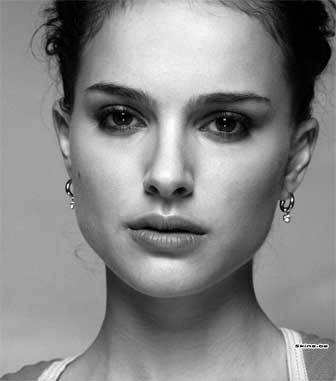 My mom says I look my Natalie Portman.