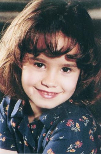 Here is mine!!!Can she be cuter!!!!<3<3<3
