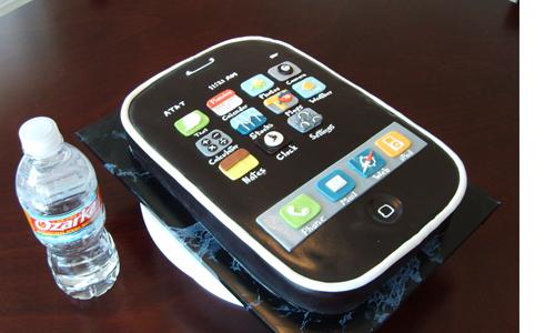 iPhone cake! :3