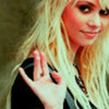 Jenny Humphrey Vanessa Abrams Pretty much all the girls on lost {excluding Juliet.} & Harper's Island girls too :)