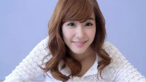 Which member of Snsd has a pretty smile? - Girls ...