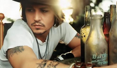 Well, Gerard Way is my main celebrity crush :) However, i cant believe no-ones कहा Johnny Depp. He is soooo hot !!