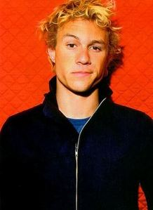 Music idol: Prince, and Christina Aguilera. Idol in general: HEATH LEDGER. I pag-ibig everything about him. Though this may sound pathetic, I felt like I had known him personally and it still hurts me to think about his death. I pag-ibig him. <3