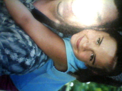 I know the picture is very bad quality. But what about my cousin? ارے hair is much longer and has a reddish ting to it