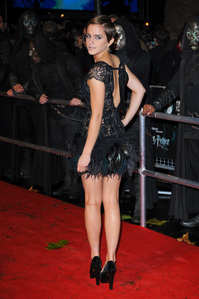 The outfit she wore for the Deathly Hallows premier is my favourite.