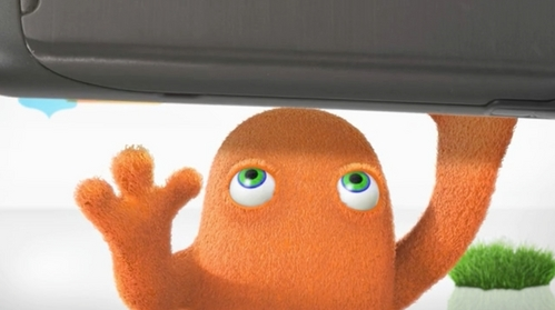 The little machungwa, chungwa dude from the AT&T commercial, that passes out when seeing the new phone XD... I upendo HIMMM!