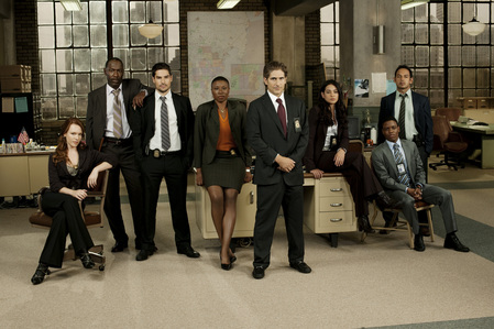 My Icon would make it seem obvious, it's Detroit 187, but since most people have never heard of the show, here's my Favorit cast Foto anyway.