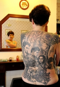 Old lady with twilight tattoo