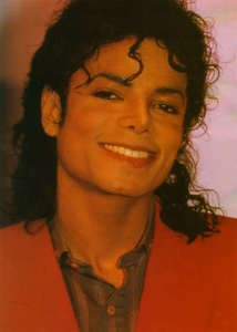 When Michael seems to look at me and smile, I go to Heaven. Michael is my lifelong hero and I'm happy beyond keterangan when I see a picture of him smling,epecially in the later years because those had become rare. Michael had the beauty of an angel...I cinta him to no end.