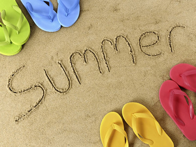 All of them! But if I have to choose then it would have to be Summer!I Любовь the holidays, the sun and Water Fights!!!