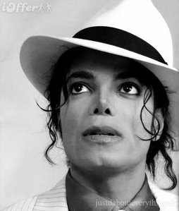 To have someone special to me come back from the heavens and be with me just for one day.......MICHAEL JACKSON!!!!