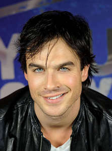 My fav pic of him of all time! His blue eyes and his smile makes my hart-, hart skip a beat!