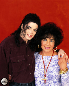 R.I.P. dear Elizabeth! a true legend, a great talent, a rare beauty!! We will always miss you.. you'll be always in our hearts!!:(((( 你 will never be forgotten.. She's now in Heaven with Michael Jackson, the closest person in the world for her.. May God bless her soul..