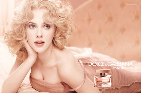 Scarlett Johansson! I just can't understand how someone could look so beautiful... I Любовь her <3