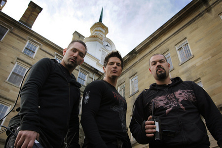 A ghost hunter like these aewsome guys!