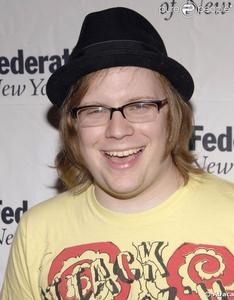 PATRICK STUMP(he's mINE STAY AWAY или ELSE!!!!) AND MY CHEMICAL ROMANCE AND...... JAZZ HANDS!!!!!!