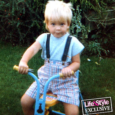 This one is my favorite:D if i get a son one day,i hope i get so cute as little Rob♥
