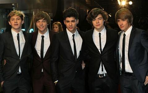 Harry <3 Louie :D Nial :) Zayn ! Liam.